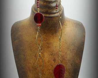 Long necklace - necklace beads mashan jade Red Brown, leaves and Horn discs, glass and primers bronze