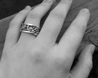 Slavic design Sterling silver band ring (Anastasia) – US size 8.5