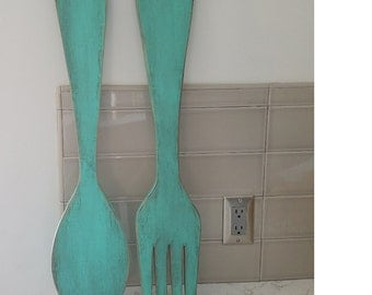 Fork and Spoon Wall Decor, distressed turquoise, Farmhouse Chic, Kitchen Wall Decor, Wall Hanging