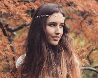 Boho bridal forehead gold vine, wedding headpiece, wedding hair accessory, pearl crystal flower vine, floral wedding halo, pearl tiara crown