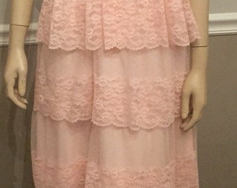 Pretty in pink prom dress / vintage formal ruffle dress / size small