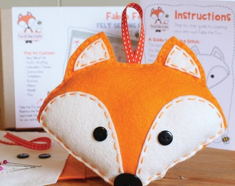 Fabio the Fox Felt Sewing Kit - Perfect gift for kids and adults of all ages and abilities - Includes everything you need
