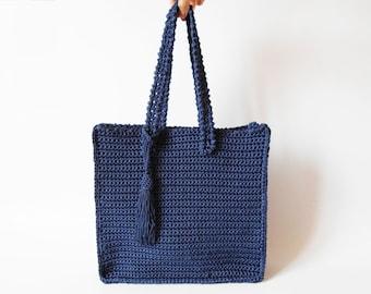 Tapestry Crochet Drawstring Bag Pattern : Crochet pattern for a drawstring bag. Practice tapestry