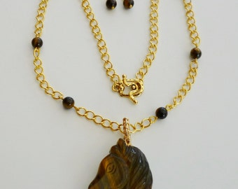 Tiger eye horsehead necklace and earrings
