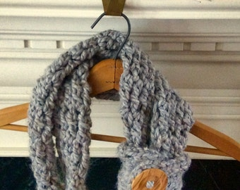 Grey Oatmeal Button Cuff Rope Cowl