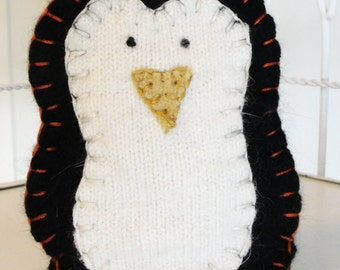 Penguin Itty Ditty Bag