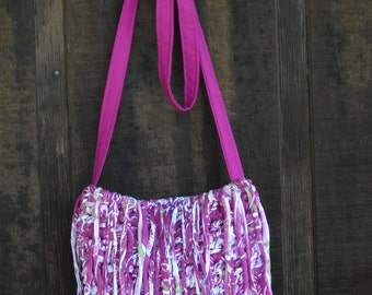 Fun fringe purse in fuschia---FREE SHIPPING!