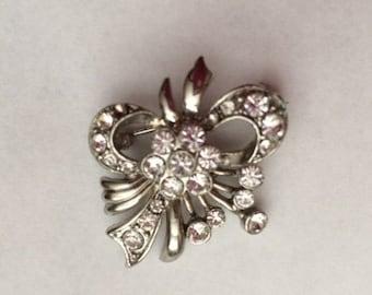 Silver Rhinestone Brooch// Vintage Jewelry// Bow Brooch