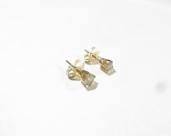 14K Gold .60Ct Diamond Stud Earrings
