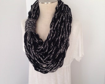 Infinity Scarf - Triple Wrap Scarf - Arm Knitted - Bulky Infinity - Circle Scarf - Thick Cowl -  Fashion Scarf - Neckwarmer - Black and Gray