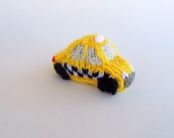 Mini New York Taxi Cab Knitted Soft Toy - Boys Stuffed Toy - Taxi Ornament - Kids Room Decor - Stocking Stuffer - Model Vehicle Gift Idea