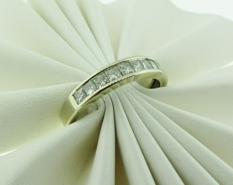 14 K White Gold Diamond Wedding Band
