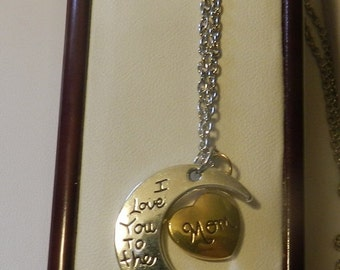 CIJ SALE Love you to the moon Mom Crescent Pendant V4552 ready to ship