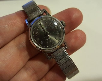 TIMEX Waterproof Selfwind Mechanical Vintage Women's watch