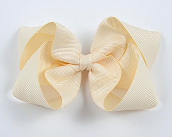 Ivory Hair Bow, Ivory Twisted Boutique Bow, Ivory Boutique Bow, Ivory Bow, Cream Hair Bow, Basic Ivory Bow, Off-White Bow (Item #10219)