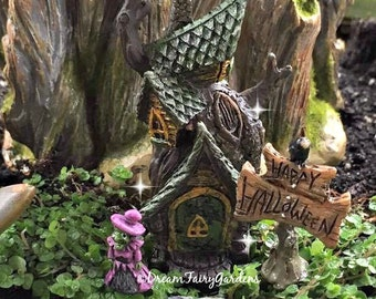 Micro mini Halloween Fairy garden, micro mini witch, fairy garden witch, miniature witch, miniature halloween fall witch pick