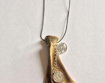 Scapula Necklace