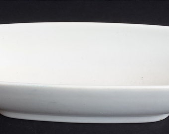 White Oblong HyaLyn Pottery Bowl, Dish or Planter