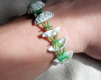 Green Shells and Glass Bracelet and Earring Set