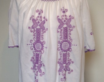 embroidered, peasant tunic top, 1970s size 10-12 (uk)