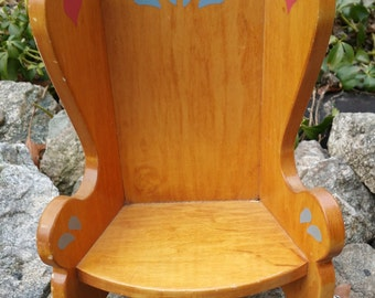 """Vintage Wood Doll Chair - Hearts - 12"""""""