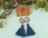 Fiësta tassel earrings - Earrings with enamel connector and tiny tassel