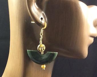Sculptural Earrings, Jade Dangle Earrings, Jade Earrings, Jade & Gold Earrings, Moon Earrings, Jade Jewelry, Stone Earrings, Green Earrings