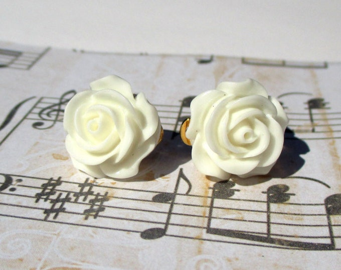 White rose clip on earrings-Flower girl gifts-white rose wedding accessories-rosette jewelry-Cream rose clip ons-nickel free-rose bud studs
