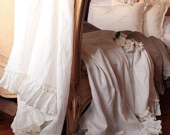 Linen  Bed scarf 'Diane' - summer blanket-Vintage style - linen throw - blanket - Shabby Chic bedding
