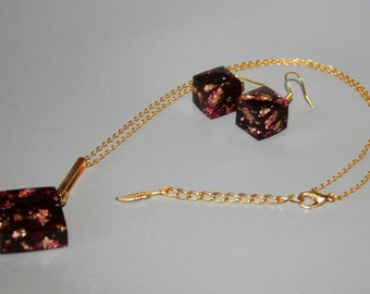 Jewelry - Set square Earrings + Necklace diamond resin Burgundy + insert with gold leaf / / gift woman, Christmas, party