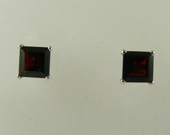 Garnet 4.05ct Stud Earring with 14k White Gold Post and Push Back