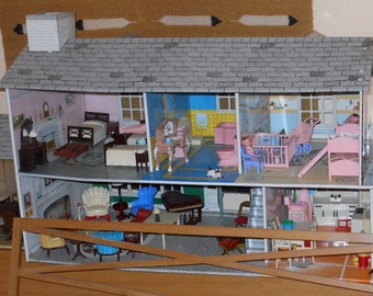 1950s Renwal furnished dollhouse