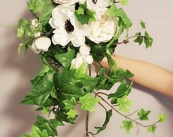 Cascading bouquet, ivy bouquet, greenery bouquet, woodland bouquet, , boho bouquet, bridal bouquet,silk bouquet, wedding bouquet