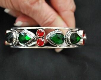 Green and Red Quartz Cuff Bracelet !