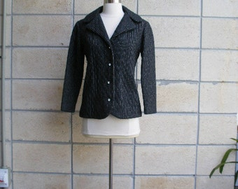Vintage ladies blazer. Mad Men era 60s winter jacket. Pinstriped quilted wool in charcoal gray, rhinestone buttons, pink lining. Size S.