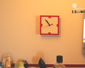 Radio Controlled Clock made with Lego® Bricks & Plates with (tilt) Stand, Magnetgrip and Wall Mount