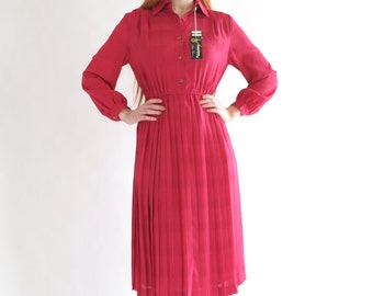SALE - Raspberry red Lady dress, vintage (unworn), Japan, small - medium