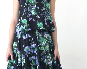 Black Floral blouse with cap sleeves / Flower print asymmetric crop shirt - 50% off