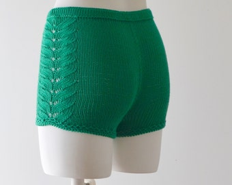 Hand knitted cotton shorts in emerald green