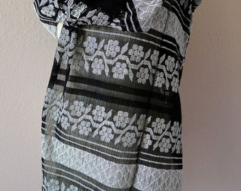 Amuzgo handwoven cotton black white gauze evening shawl rebozo Oaxaca Mexican Frida Kahlo - elegant Boho resort