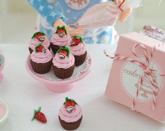 Sweet Petite Chocolate Covered Strawberry Cupcakes with Pink Patisserie Cake Box