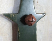 Primitive Long Wood Star with Jingle Bells