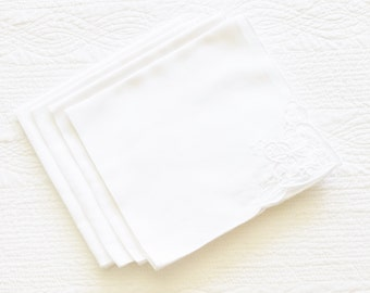 Vintage Cottage Home Snow White Cutaway Lace Trimmed Table Napkins, Set of Four, Olives and Doves