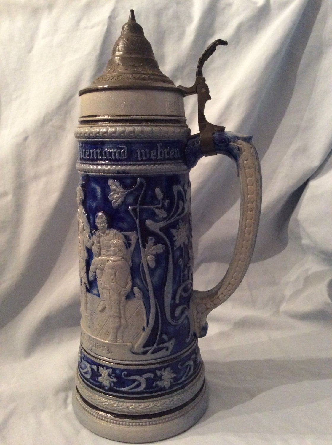 german beer stein 1 5 liter with lid cobalt blue and gray. Black Bedroom Furniture Sets. Home Design Ideas