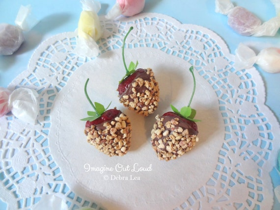 FAUX Fake Milk Chocolate with Nuts Covered Strawberries REALISTIC Kitchen Decor Display