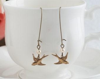 Bird Earrings Sparrow Earrings Black Earrings Brass Earrings Pearl Earrings Kidney Wire Earring Bird Jewelry Nature Jewelry Woodland Jewelry