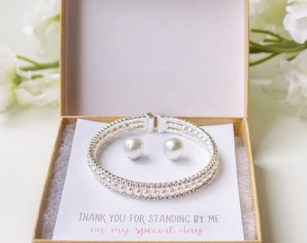 Personalized gift Pearl Bridesmaid jewelry set pearl bracelet and earrings set bridesmaid jewelry set bridesmaid pearl gift B150E179-S