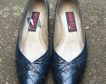 80s Blue Snakeskin Heels. 1980s Womens Shoes. Size 8 1/2.