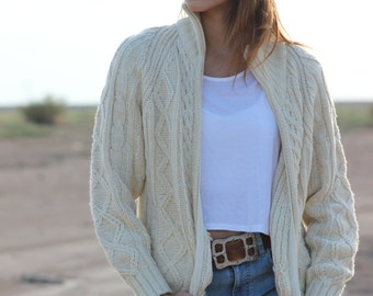 THANE vtg 70s 80s cable knit cardigan sweater