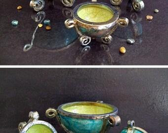 raku ceramic bowl set, ceramic holders, ceramic trays, ceramic cauldrons, ceramic footed bowls, witchcraft supply bowls, decorative bowls